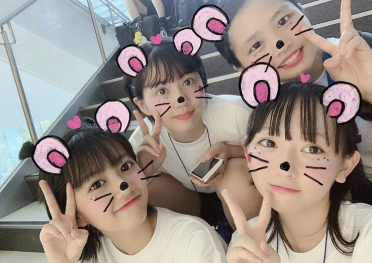 陽奈詩さんの学校での写真